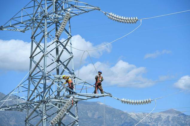 PAKISTAN / Shikarpour 500 & 220 KV Transmission Lines