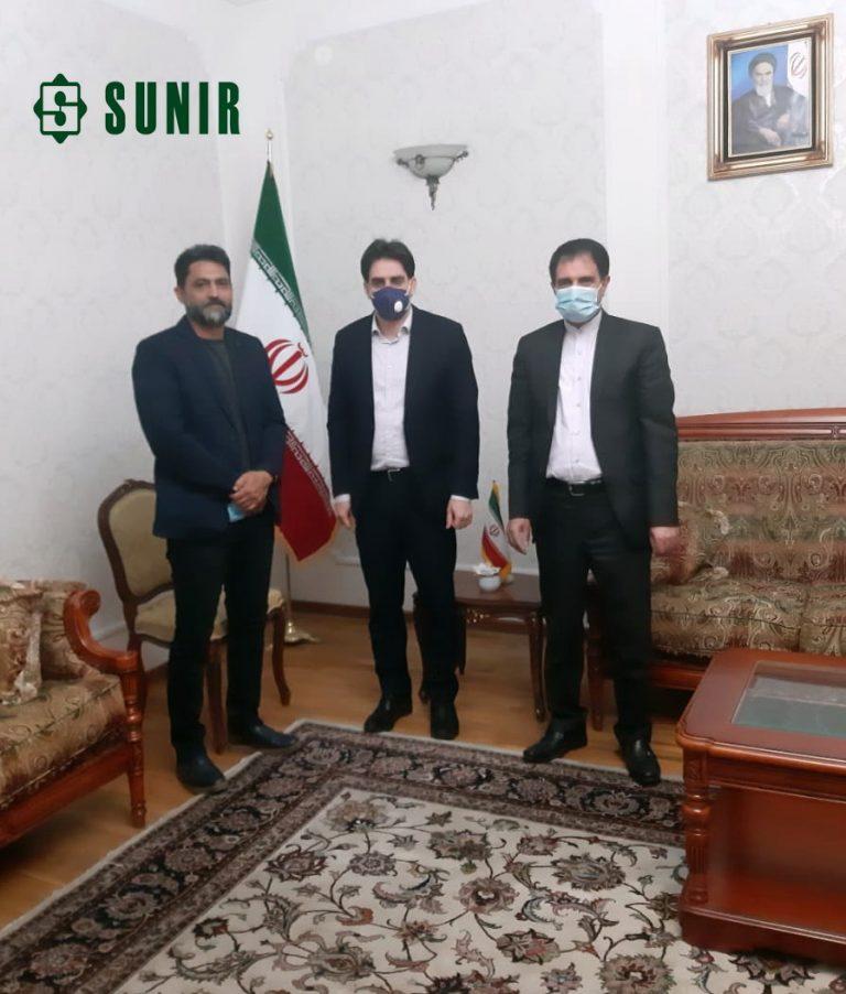 لقاء مستشار التنفیذي لشرکة صانیر مع سفیر الایراني في طاشقند